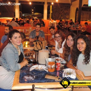 ADN 17 DE JUNIO EN BONES MEAT BALLS & WINGS